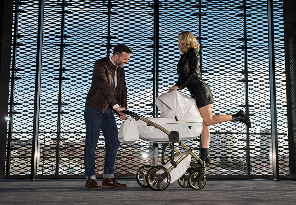 Kinderwagen-babywagen-kaufen-online-und-guenstig